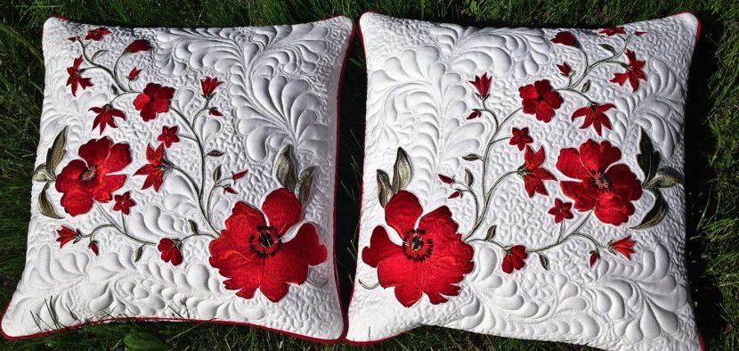маки на подушке