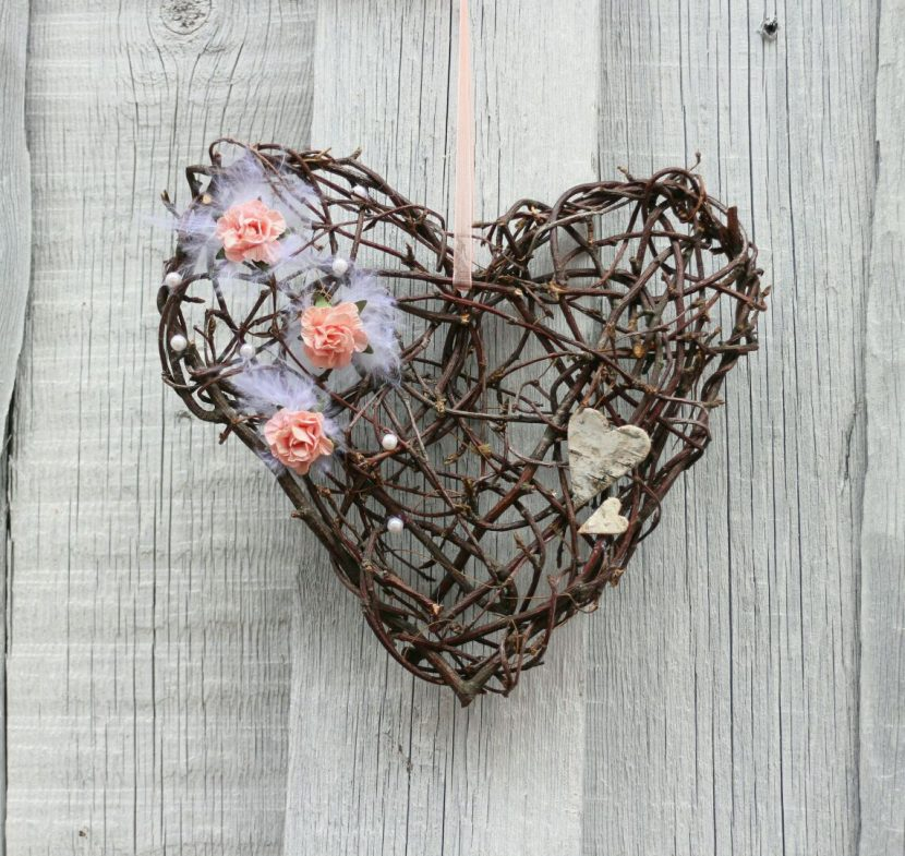 сердце из лозы
