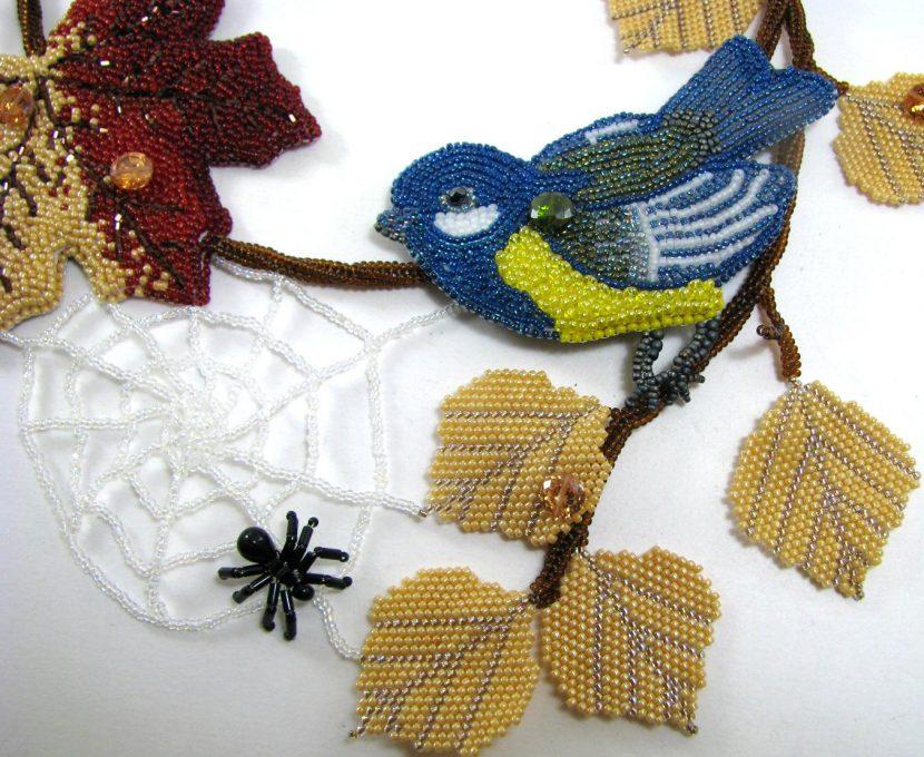 птица из бисера