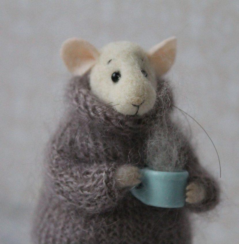 мышь из войлока