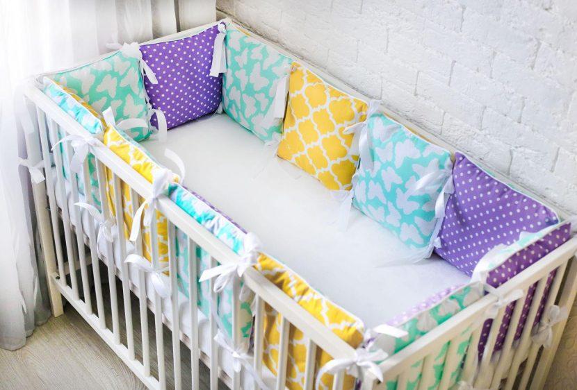 Бортики подушки для детской кроватки своими руками фото